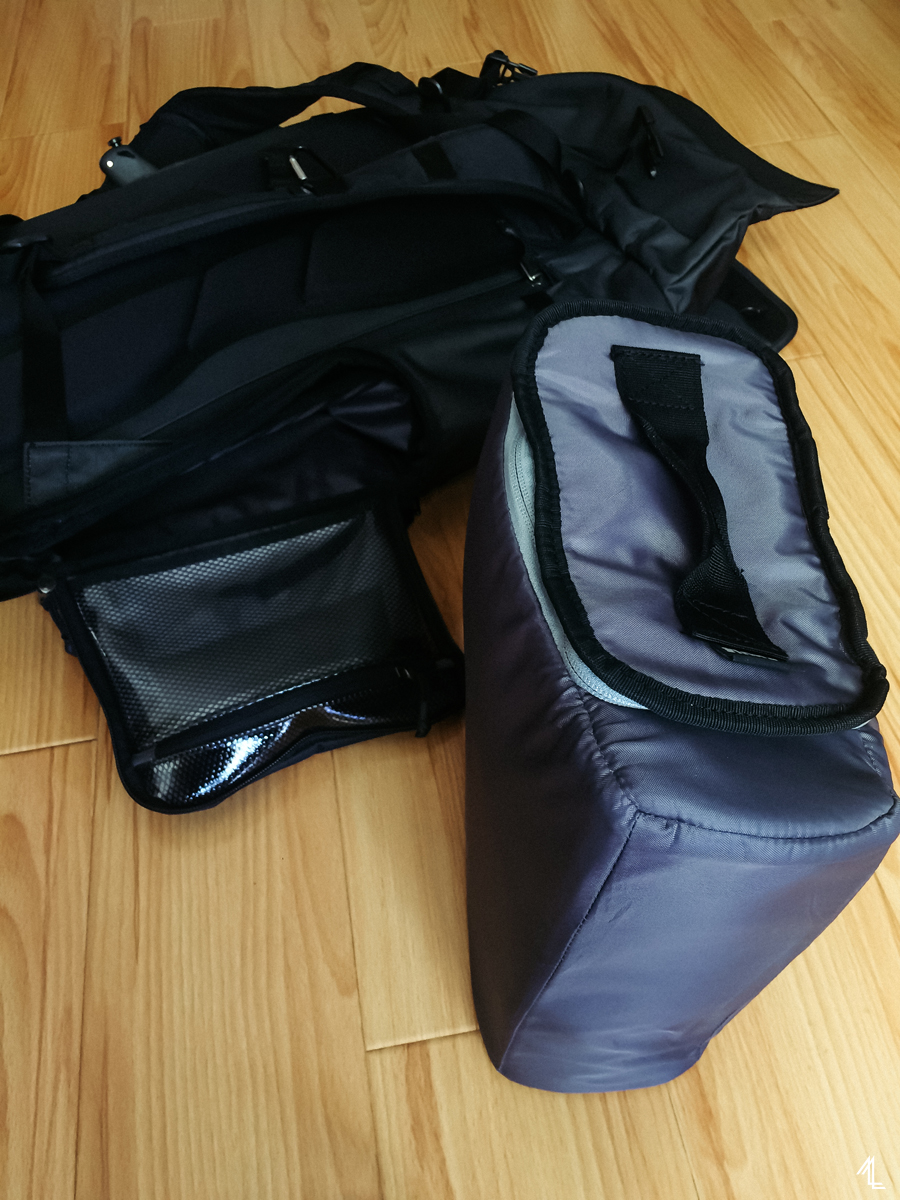 thule covert dslr rolltop backpack review
