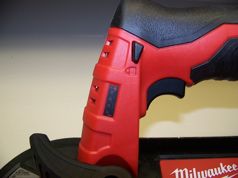milwaukee m12 band saw review